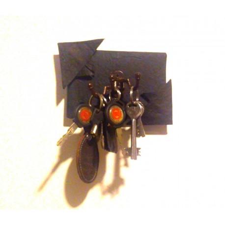 KartnOri Women's Handcrafted self Adhesive Wall Mounted Key Holder/Organizer
